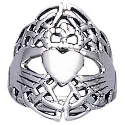 Celtic Knotwork Claddagh Ring